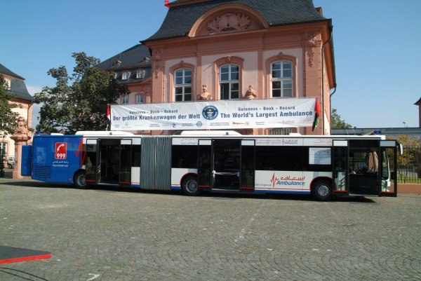 The Mercedes-Benz Citaro ambulance can treat 123 patients at once. (Photo/Busworld.org)