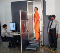 Oregon jail combating contraband with body scanner