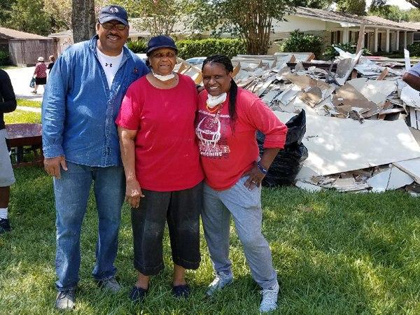 Post-Harvey community recovery efforts. (Courtesy photo)