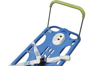 Photo EZ LIFT Rescue The EZ LIFT uses extendable handles that allow responders to lift from below the knees.