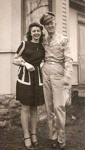 Private Lester Olson and his wife, who he married in 1944 before he was sent to France.