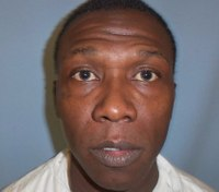 Inmate charged after stabbing Ala. CO