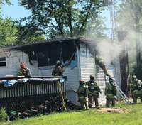 2 injured after Ill. FF-medic responds to blaze at his own house