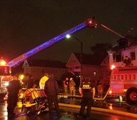 2 NY firefighters injured at vacant building fire