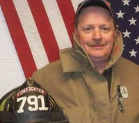 Va. firefighter-EMT dies at fire scene