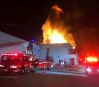 2 Calif. FFs injured in partial collapse at structure fire