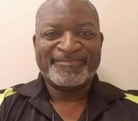 La. EMT-police officer shot during traffic stop