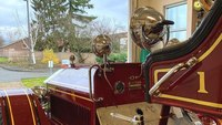 Wash. firefighters refurbish century-old fire engine for public display