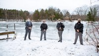 NY troopers rescue fisherman who fell through ice