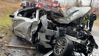Off-duty FDNY EMT, good Samaritans pull driver from burning car