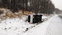 Off-duty Conn. EMS lieutenant pulls 11 people from rolled-over van