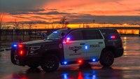 Police: Texas gunman dies after crowd throws bricks at him