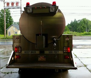 Tanker 72 returned to the station after the benefit and the driver was backing it into the bay when firefighter Donald Ishman walked behind the tanker approximately 30 feet away. (Photo/NIOSH)