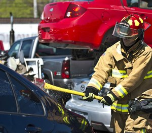 Streamline decision making with a systematic approach for sizing up a vehicle accident and developing a sound and dynamic extrication action plan.