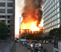 Crane in danger of collapse at Oakland construction fire