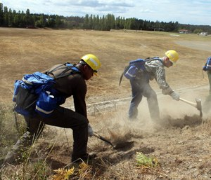 Veterans train to be wildland firefighters in 2015.