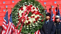 Photo of the Week: FDNY honors 20th anniversary of Father's Day Fire