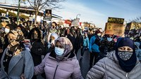 Hundreds march in Minneapolis over fatal OIS