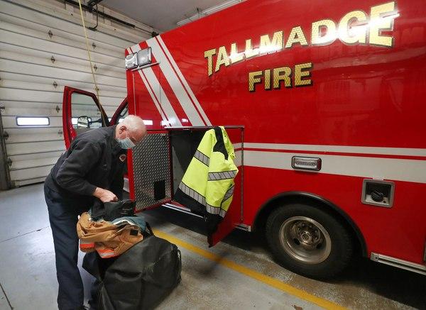 Ohio part-time FFs receive raises, lose grace period under new contract