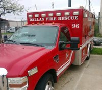 Dallas firefighter injured battling blaze at commercial building