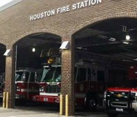 Houston council members call special meeting on firefighter pay