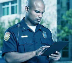 How does a training manager for a police department influence personnel to engage in the online system?
