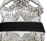 Milwaukee LEO fatally shot executing search warrant