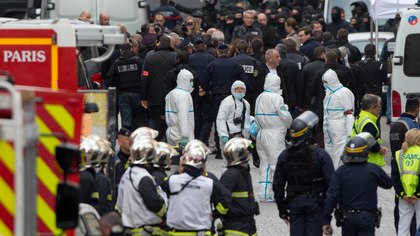 Crisis leadership at mass violence incidents