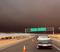 Tens of thousands flee fast-moving N. Calif. fire