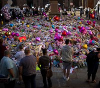 Lawyer: Only 1 paramedic on scene in 1st 40 minutes after Manchester bombing
