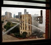 Fire destroys historic Dallas hotel