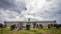 Atlanta federal pen nearly vacant amid corruption investigation