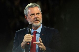 President Jerry Falwell Jr. is welcoming students back amid the coronavirus pandemic. Image: Emily Elconin/The News & Advance via AP