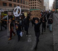 Oakland passes measure to block federal officers ahead of possible deployment