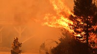22K Calif. residents self-evacuate to escape wildfires