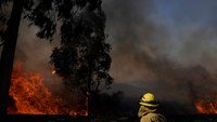 2 FFs critically burned battling SoCal wildfire