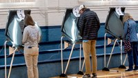 Suit: Tenn. makes it too hard to restore felons' voting rights