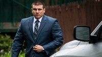 Ex-NYPD officer involved in Eric Garner case loses appeal to get job back