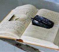 Okla. prison system overwhelmed by smuggled cellphones