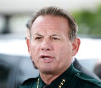 Union votes no-confidence in Fla. sheriff after school massacre