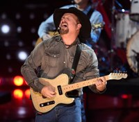 Pittsburgh planning heavy police, fire, EMS presence for Garth Brooks concert