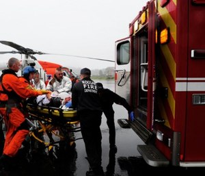 The principles of CRM can be incorporated into the patient hand-off process in the emergency department with cooperation from the crews as well as the providers in the hospital.