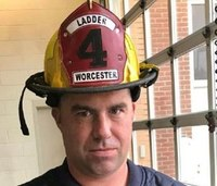 Man charged in death of Mass. firefighter wants charges dropped