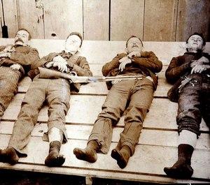 Dalton gang following the 1892 Coffeyville, Kansas raid. Left to right: Bill Powers; Bob Dalton; Grat Dalton, Dick Broadwell.