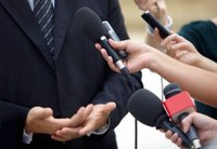 Strategies for working with the mass media during emergencies