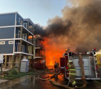 Raging fire destroys block of large waterfront homes on NC coast