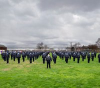 178 FDNY EMTs graduate early to join pandemic fight