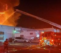 2 Calif. FFs injured in massive industrial blaze