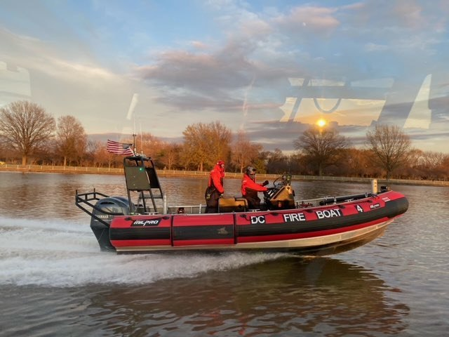 DC Fire Boat