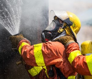 SCBA filled with unregulated or irregularly tested compressed breathing air can contain contaminants that pose significant risks. (image/iStock)